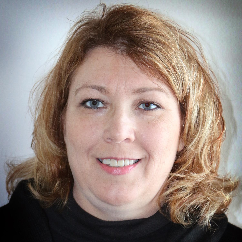 Darlene Friend LICSW web.jpg